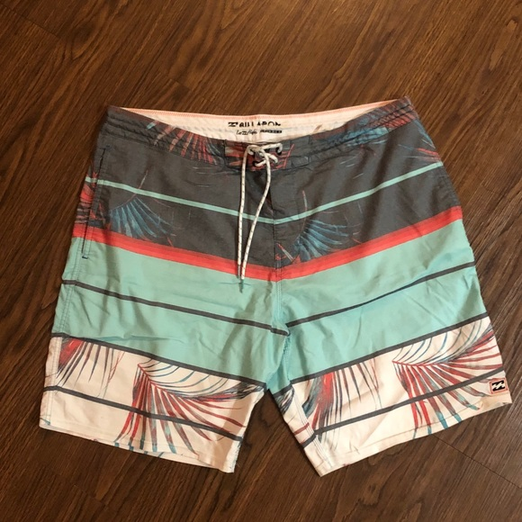Billabong Men's swim board shorts